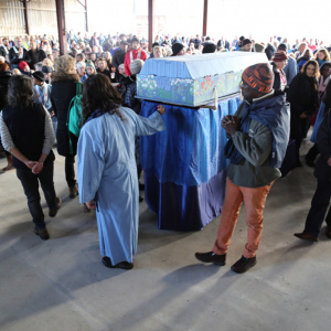 Before the funeral ceremony began attendees took the opportunity to circumambulate Sangharakshita's coffin