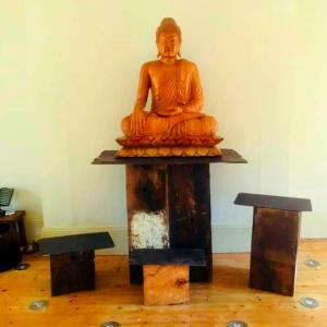 Tiratanaloka shrine room
